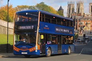 First York Park & Ride 39512 / YJ70 ETA