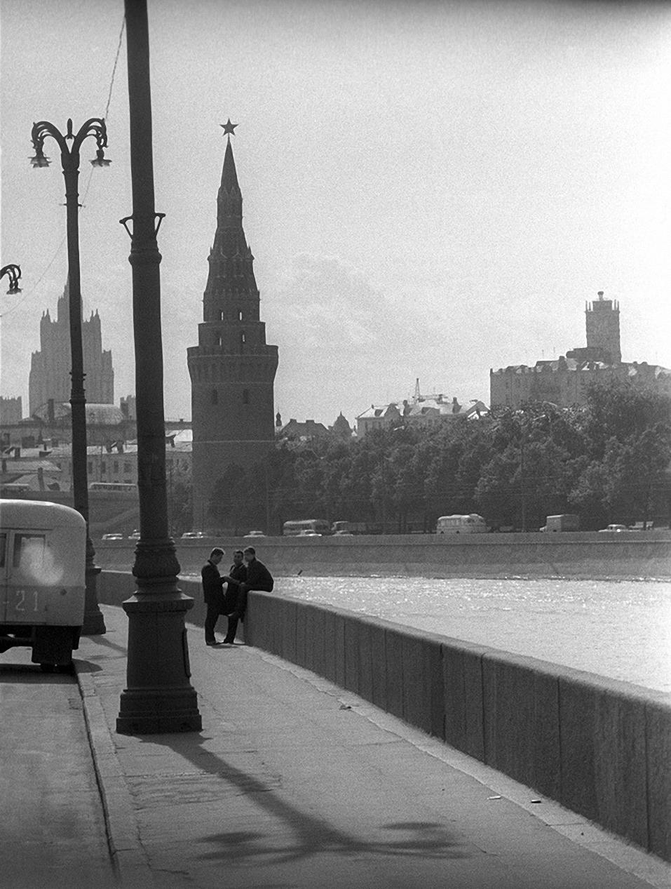 1960-е. Софийская набережная