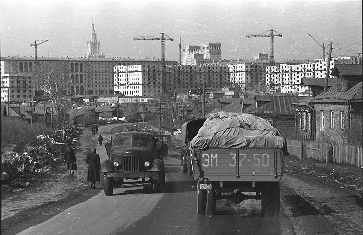 1957-1958. Юго-западный район. Старое Калужское шоссе (село Семеновское)1