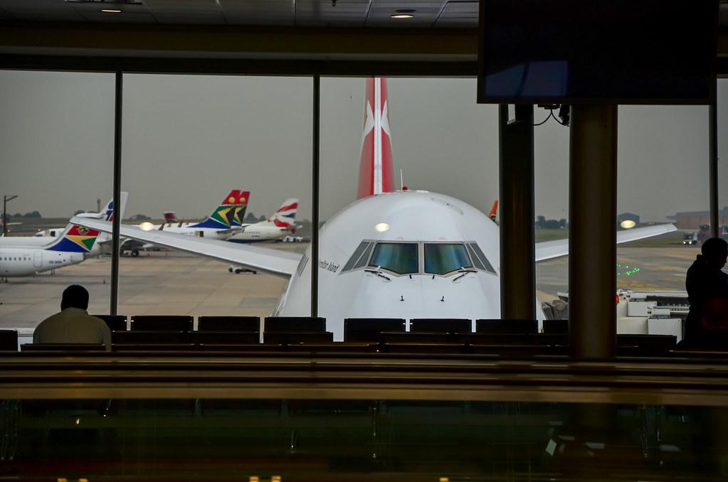 Boeing 747-438 Qantas VH-OJS