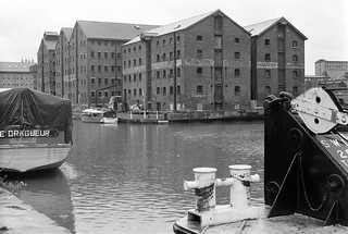 Gloucester Docks, 1988 88-7b-55-positive_2400
