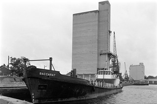Sharpness Docks, 1988 88-7c-51-positive_2400