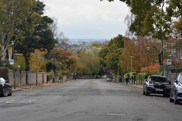Lauder Road