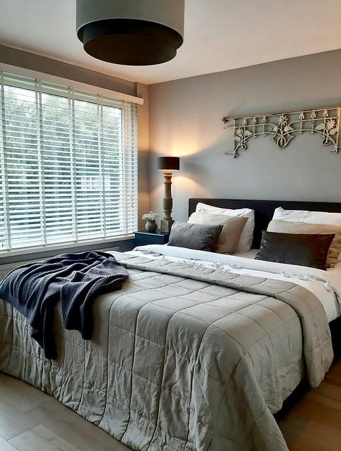 Slaapkamer landelijk aardetinten
