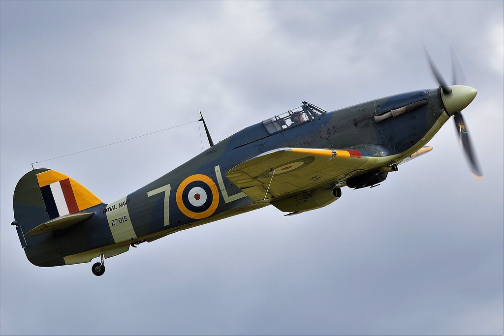 Hawker Sea Hurricane Mk1B Z7015 G-BKTH Royal Navy 7-L No 880 Squadron