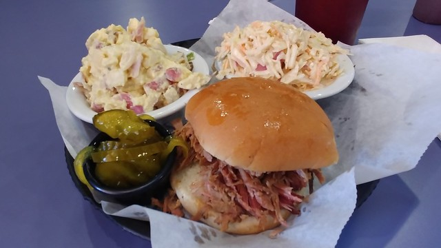 Momma's BBQ for Lunch