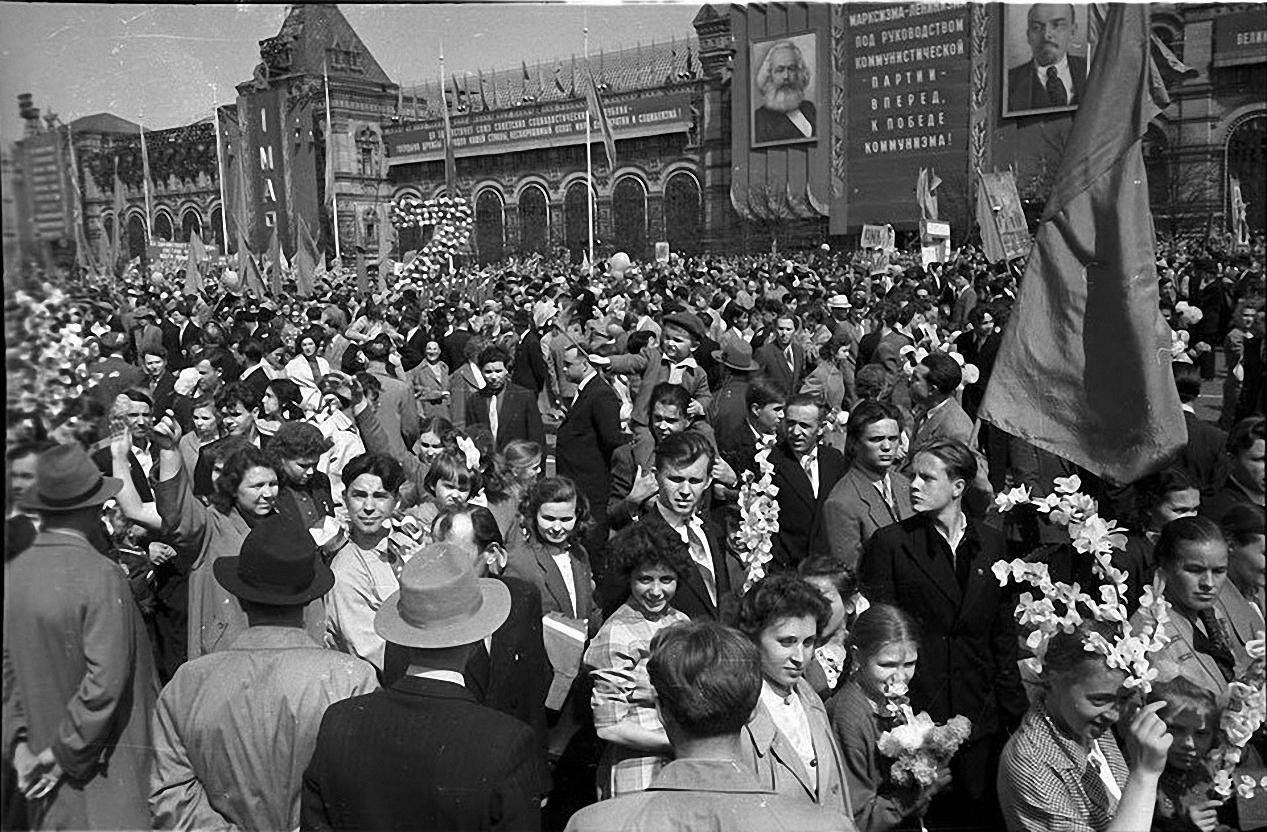 1959. Демонстрация 1 мая. Красная площадь (2)
