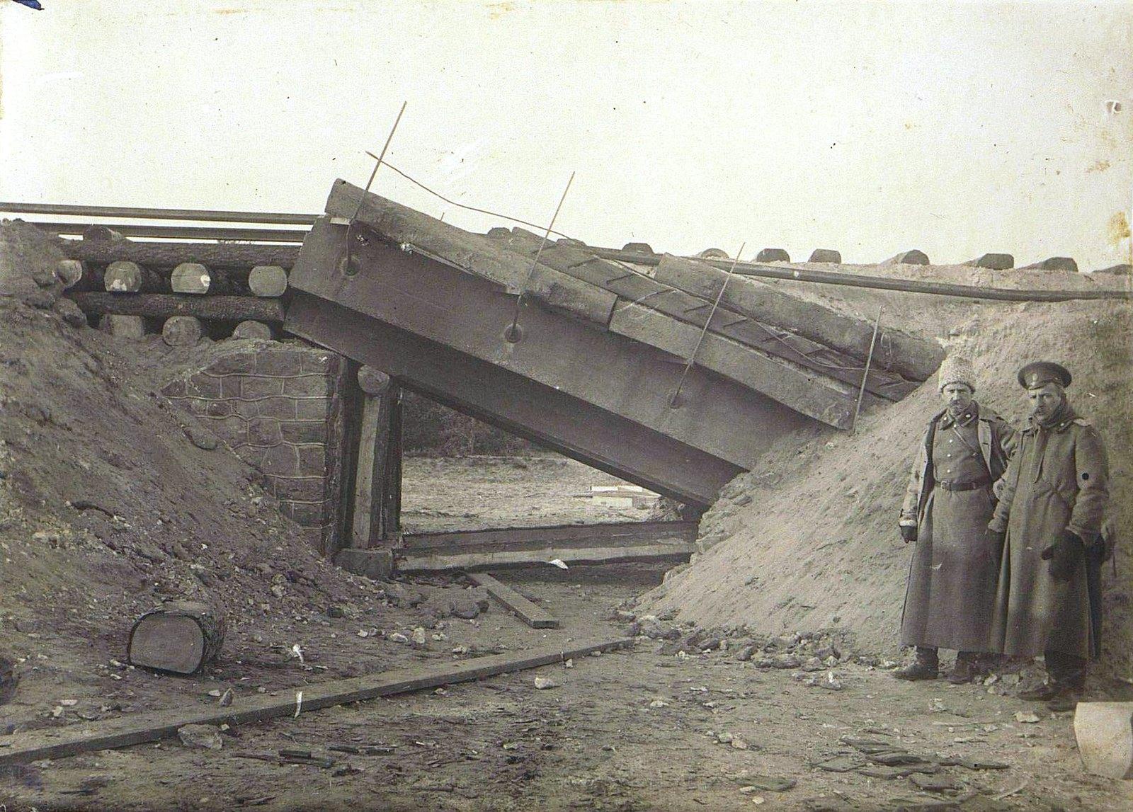 13. Двухсаженный мост на 102-й версте, восстановленный 2-й ротой за два дня 10.11
