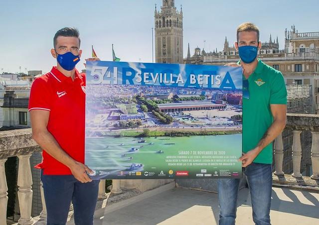 Patricio Rojas y el mundialista Javier García, con el cartel 2020