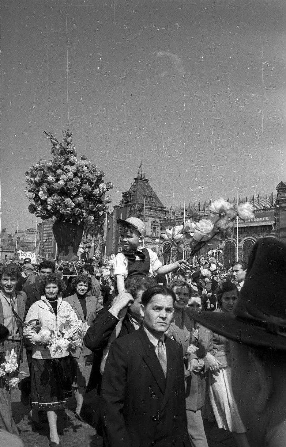1959. Демонстрация 1 мая. Красная площадь (7)