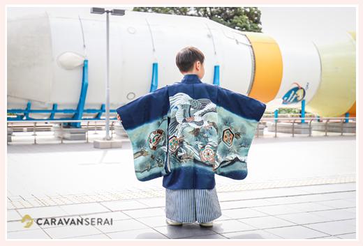七五三の衣装を着て、名古屋市科学館へ ロケット好きな男の子の記念写真