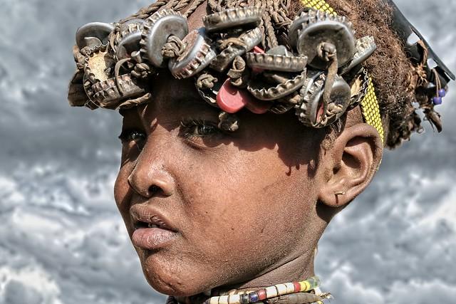 Ethiopia - Omorate - Danssanetch boy