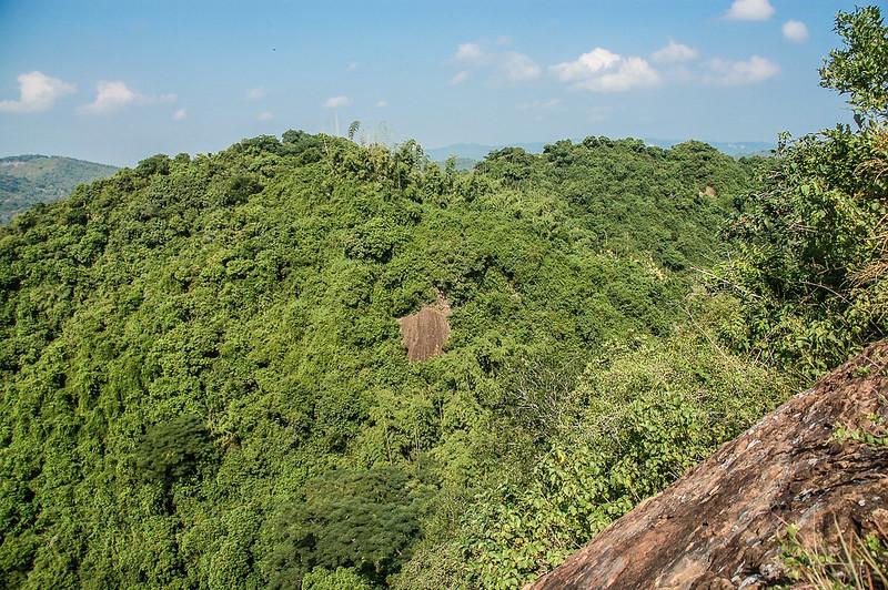 旗美山第三段裸岩段