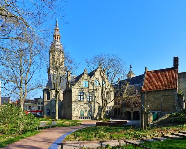 Veurne 28 - Sint-Walburgakerk - In Explore op 23-10-2020 # 272