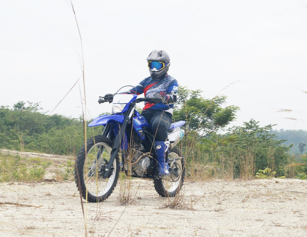 Test ride WR 155 R konsumen