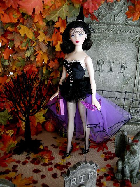 Gene in a Tonner Halloween fashion.