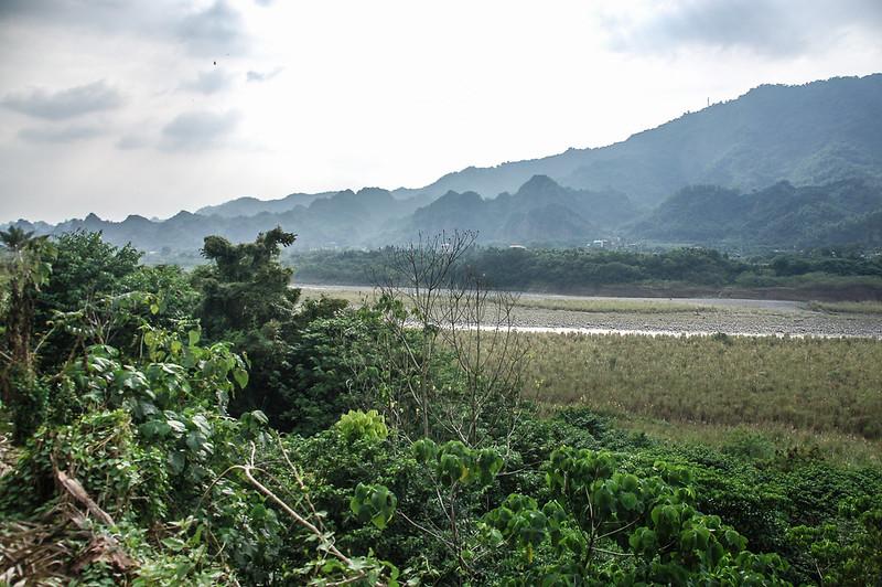 十八羅漢山露營區俯瞰荖濃溪 (1)