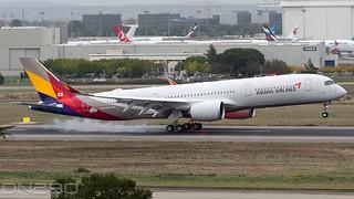Asiana A350-941 msn 389 F-WZNK / HL8382