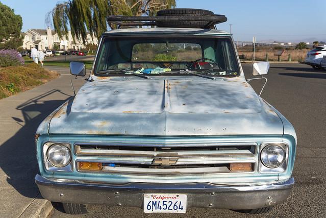 Old Chevrolet pickup truck (Benicia CA)