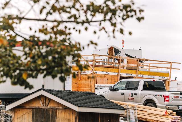 Home away from home Campbell River - Qwalayu House construction progress