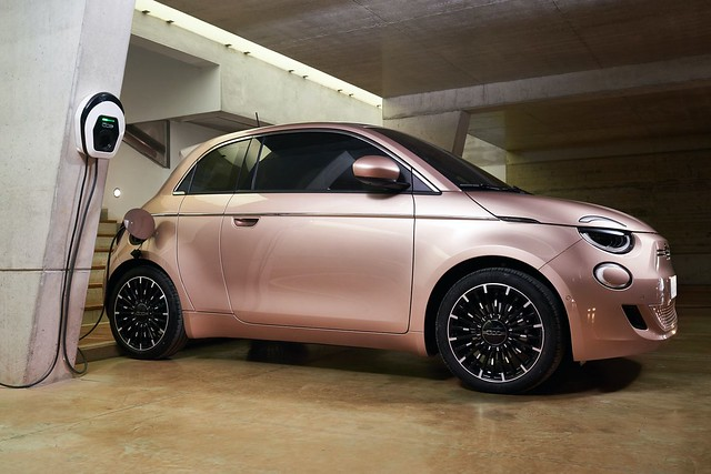 2021-Fiat-500-lineup-17