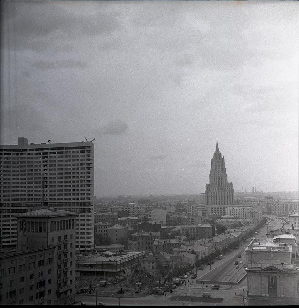 1960-е. Садовое кольцо. Пересечение Нового Арбата и Садового кольца