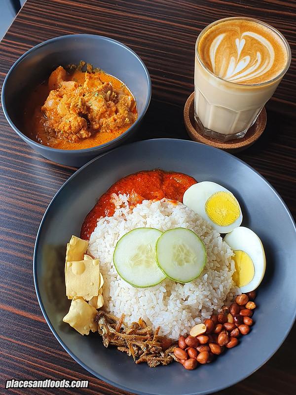 code black cafe kajang nasi lemak