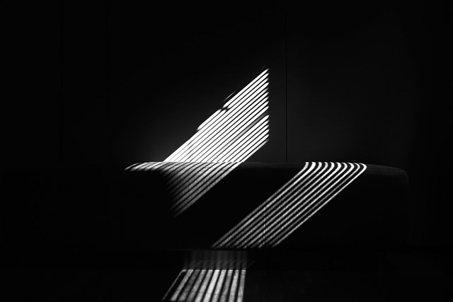 light -- L1001225