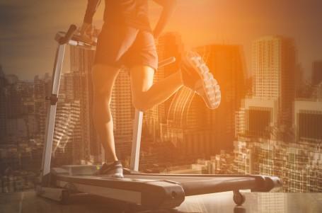 TRÉNINK: Běžecké pásy. Nahradí plnohodnotně trénink venku?