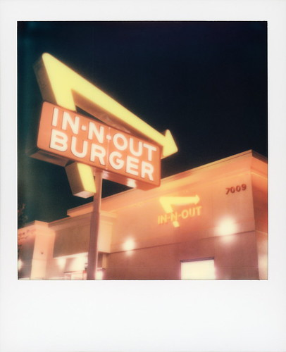 polaroid originals color sx70 instant film sx70sonar roidweek roid week polaroidweek fall autumn october 2020 innout nights sunset blvd boulevard hollywood los angeles la california ca neon sign red white yellow arrow logo lit illuminated fast food restaurant hamburger burger french fries shakes doubledouble animal style thatswhatahamburgersallabout day6 toby hancock photography