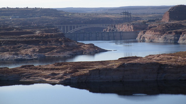 Arizona - Lake Powell:  Glen Canyon Dam and Bridge, looking