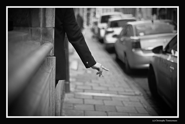 La main qui fume