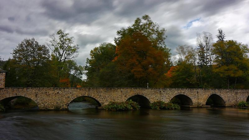 pont sur la Vezerve 50520233028_483d50acd8_c