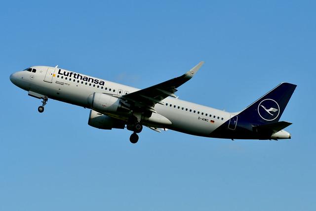 D-AIWC A320-214 cn 8667 Lufthansa 201016 Schiphol 1001