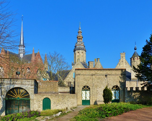 Veurne 29 - Sint-Walburgakerk - Prettig weekend - Have a nice Weekend!