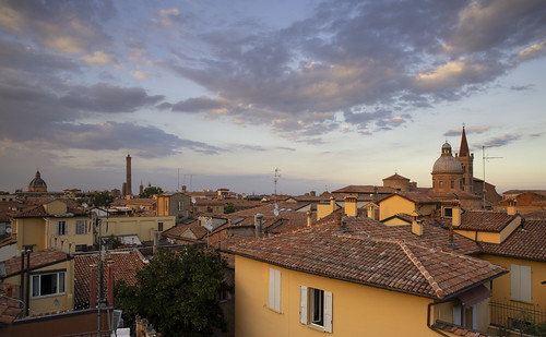 bologna emiliaromagna italia sky sunset clouds italy panoramica colours roofs architecture torri chiese architettura nuvole cielo tramonto