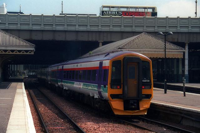 158731 & 158742, Edinburgh Waverley, June 24th 1999