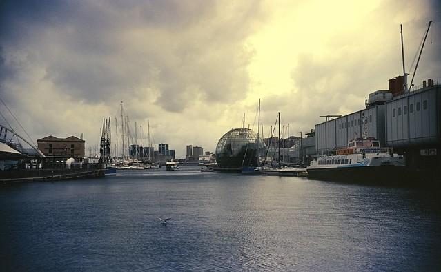 Genova - Porto Antico 2 (35mm Kodak E 100 VS)
