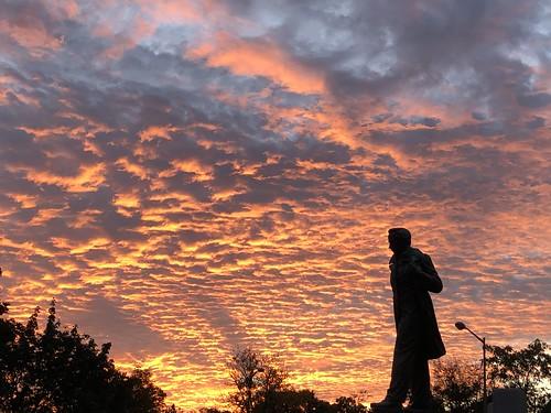 dupontcircle washingtondc districtofcolumbia sunset sky cloud historic sculpture