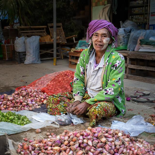 dans le marché à Salay