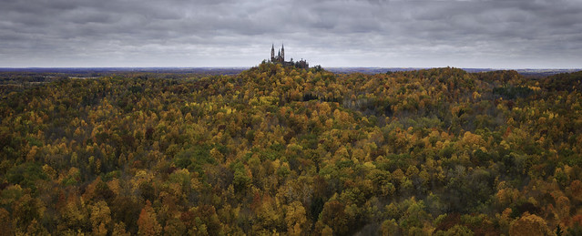 holy hill, wisconsin, wi, milwaukee, fall, autumn, leaves, colors,  trees