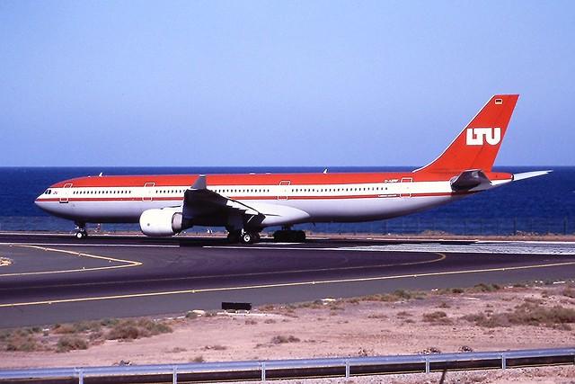 D-AERF A330 LTU Lanzarote 15-04-2001