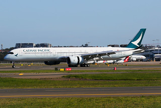 Cathay Pacific Airbus A350-1041 B-LXB