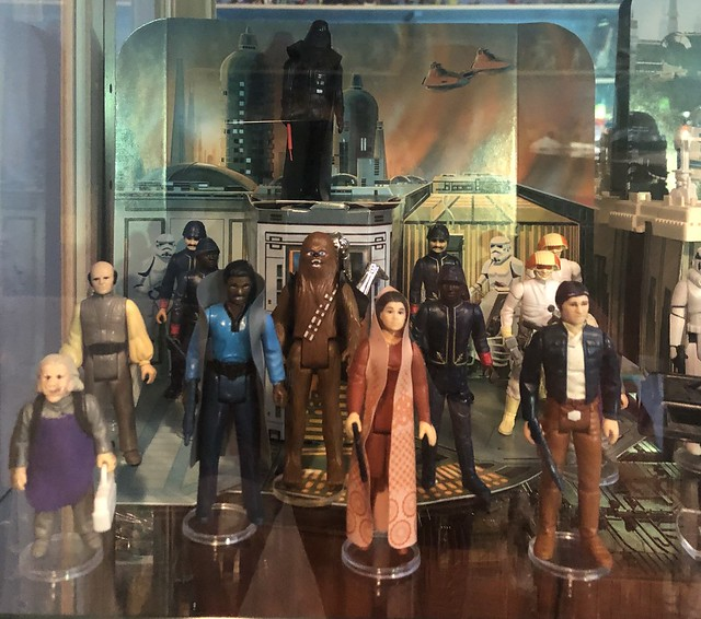 Happy 40th ESB🍻 A bitter sweet reminder of how old I am. Here's Kenner's Cloud City Playset from 1980. Although it's just basically a card board backdrop, as a 10 year kid at the time, this was the greatest thing ever!
