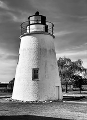 I want to marry a lighthouse keeper And keep him company.