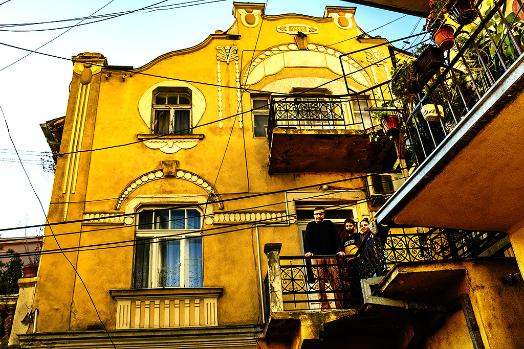 Grand old house on 10-23-20--Veles 3