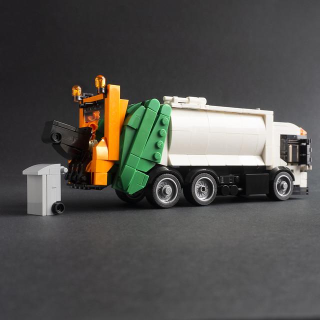 Dustcart or Garbage Truck?