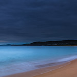 24. Oktoober 2020 - 5:57 - Rain clouds at the seaside from Putty Beach in the Bouddi National Park on the Central Coast, NSW, Australia.