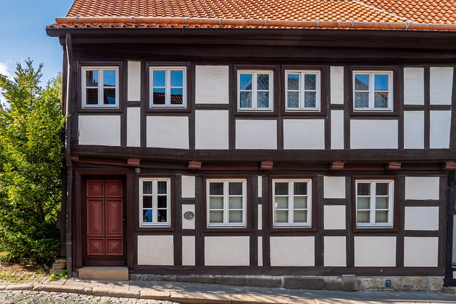 arz): Fachwerkhaus Bäuersche Straße 15 - Half timbered house no. 15 Bäuerische Straße