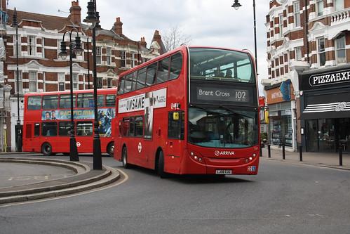 Arriva London T37 LJ08CUG